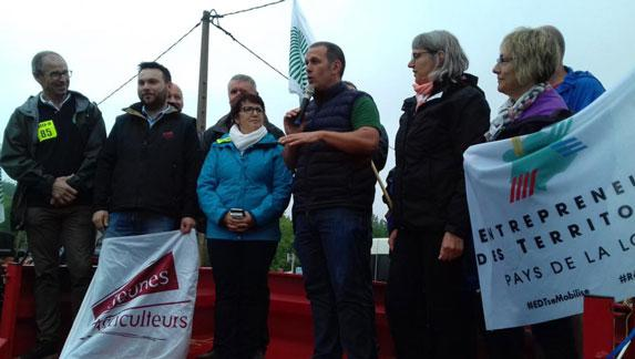 [EN DIRECT] #SauvezLesAgris Mobilisation à Donges